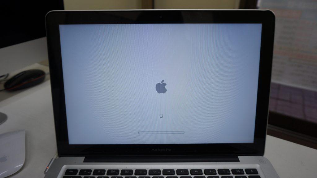 Macbook Pro A1278 Appleロゴから起動しない1