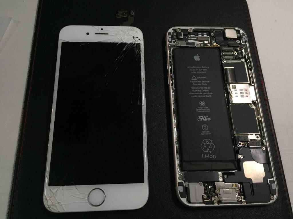 iPhone6 角から落ちて映らない液晶画面パネルを交換2