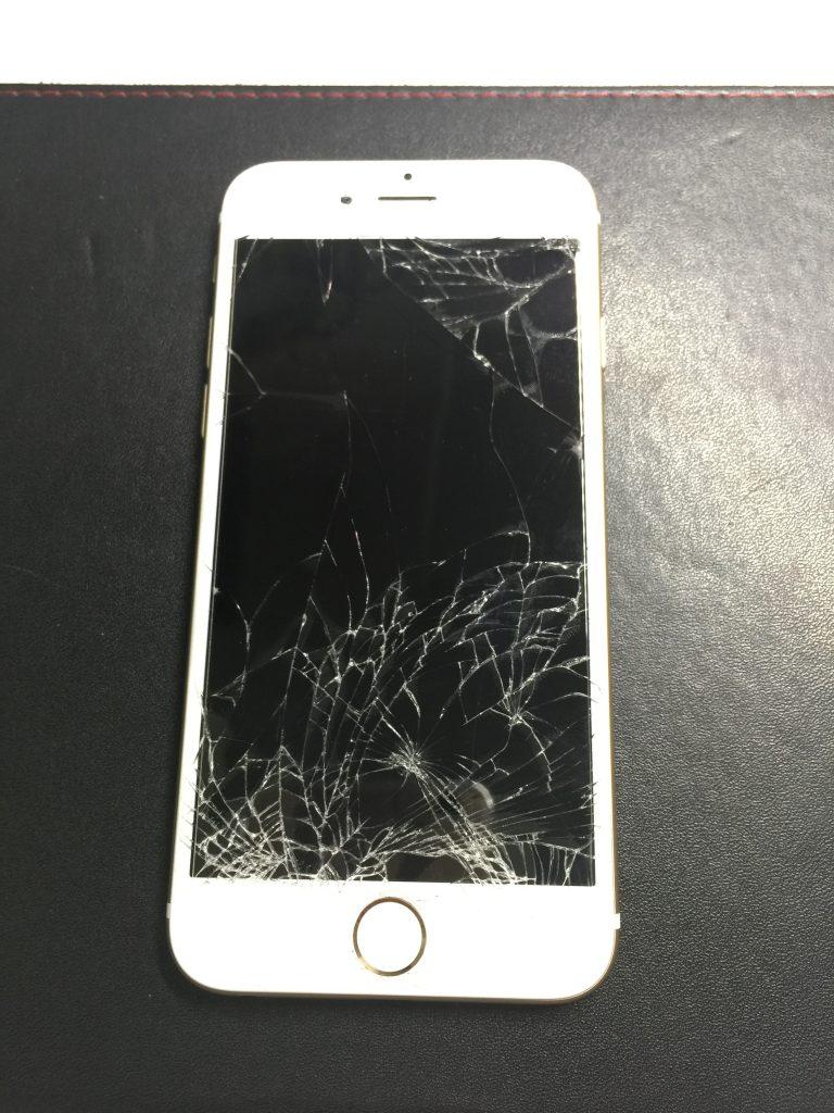 iPhone6白 液晶画面が割れを安く交換します。さらに特典あり!1