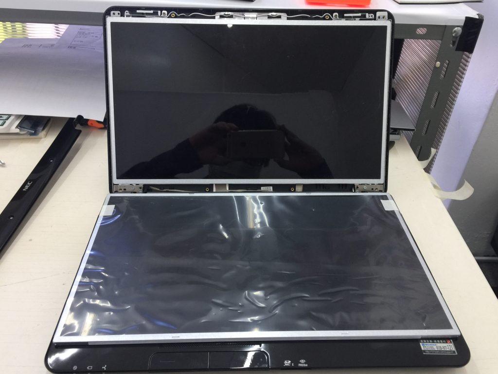 NEC LS350/F 液晶画面が割れた パネル交換5