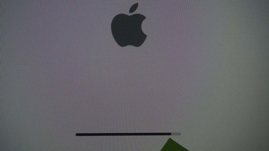 iMac A1312 Late 2009 画面が真っ白で起動しない HDD交換 OS再インストール3