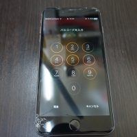 iPhone6 Plus 液晶画面ガラス割れによりパネル交換 修理時間30分1