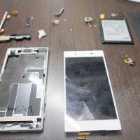 SONY Xperia Z5 液晶画面割れ交換を即日修理4
