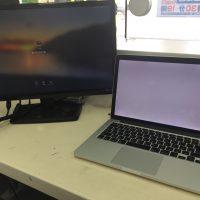 Macbook Pro A1502 Mid 2014真っ白で映らない 液晶パネル交換1