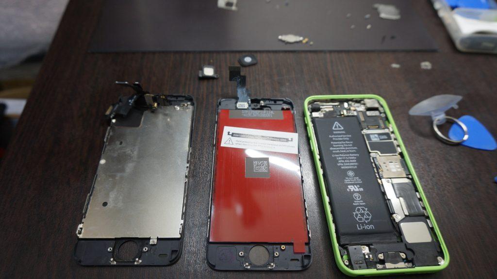 iPhone5c 液晶パネル交換4