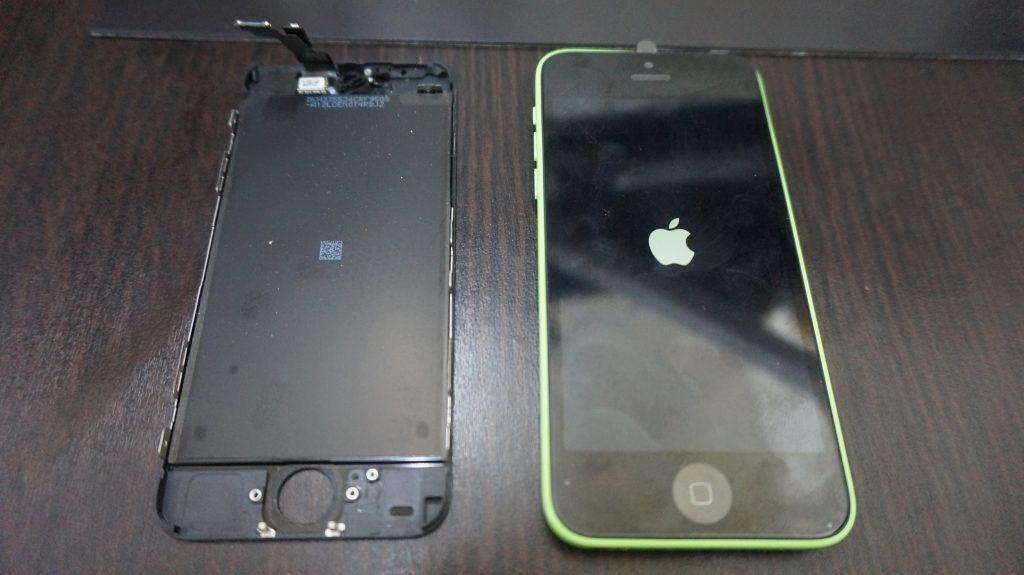 iPhone5c 液晶パネル交換5