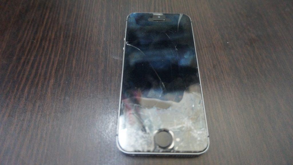 画面割れ激安 iPhone5s 1