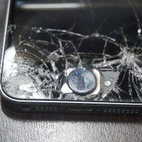 画面割れ激安 iPhone5s 2