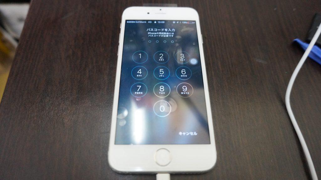 液晶交換 iPhone6s 4