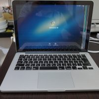 液晶交換 Macbook Pro A1502 Retina 2013 1