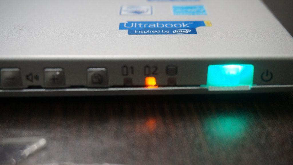 バッテリー交換 Panasonic CF-AX2 7
