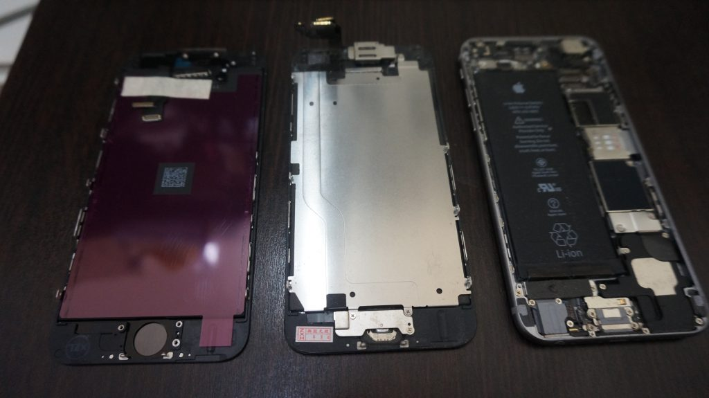 液晶パネル浮き iPhone6  3