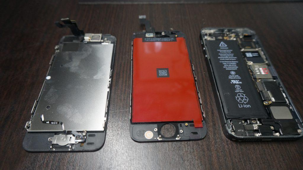 液晶交換Yモバイル iPhone5s 4
