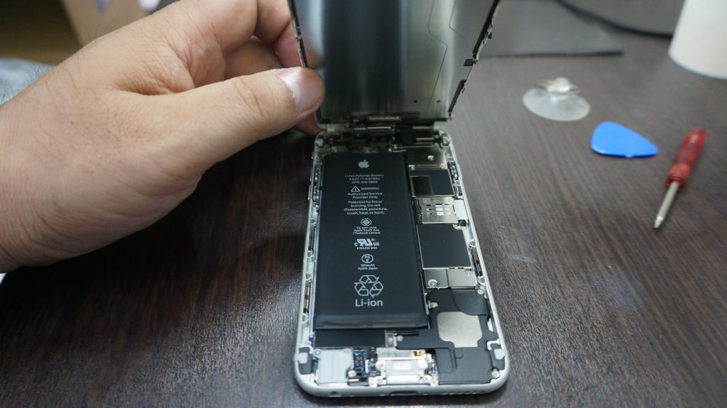 充電がすぐなくなる バッテリー交換 iPhone6 3