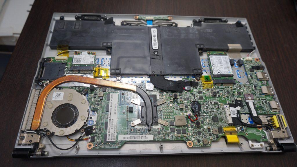 液晶割れ交換 LZ650/SSS 4