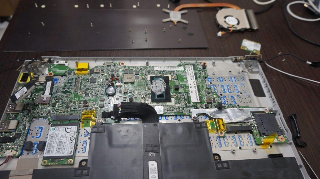 液晶割れ交換 LZ650/SSS 6