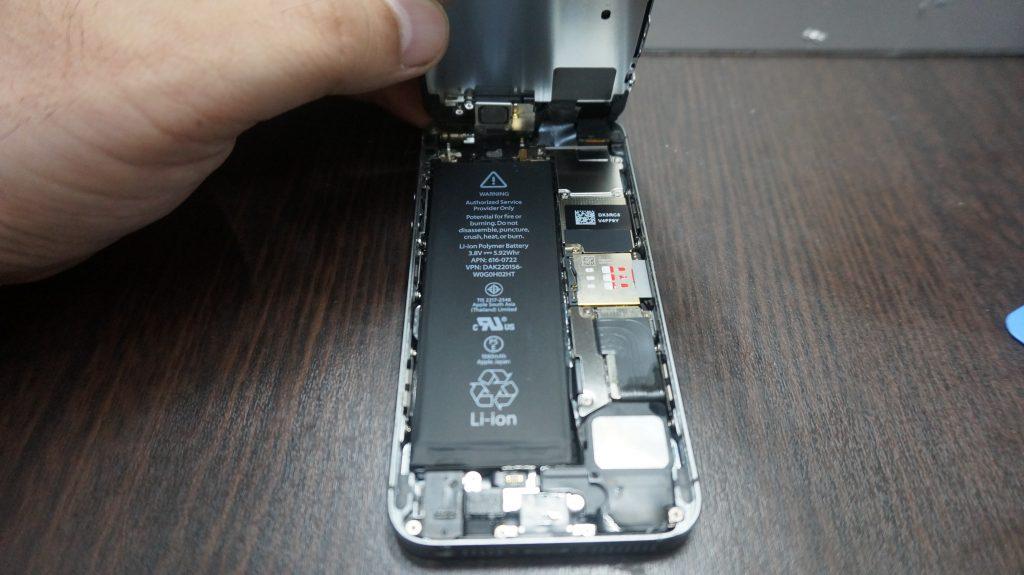 iPhone6 水没・バッテリー交換 2