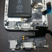 充電できない ドックコネクタ交換 iPhone6 3