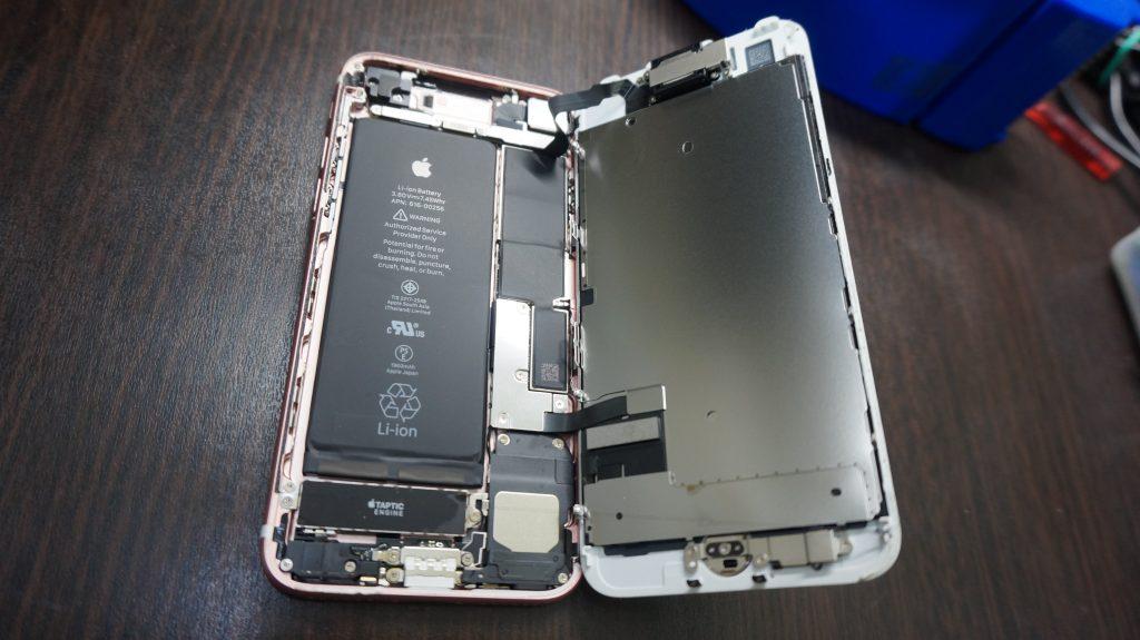 液晶割れ交換 iPhone7 3