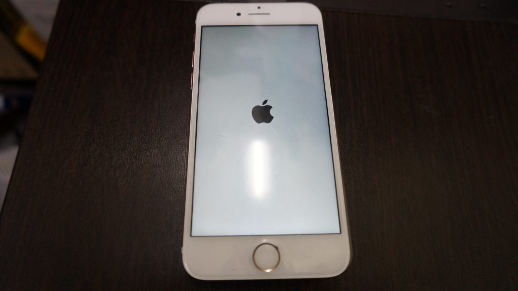 液晶割れ交換 iPhone7 5
