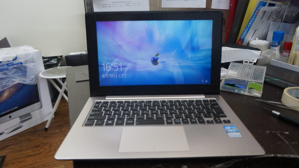 液晶割れとデジタイザ割れ修理 Lenovo X202 7