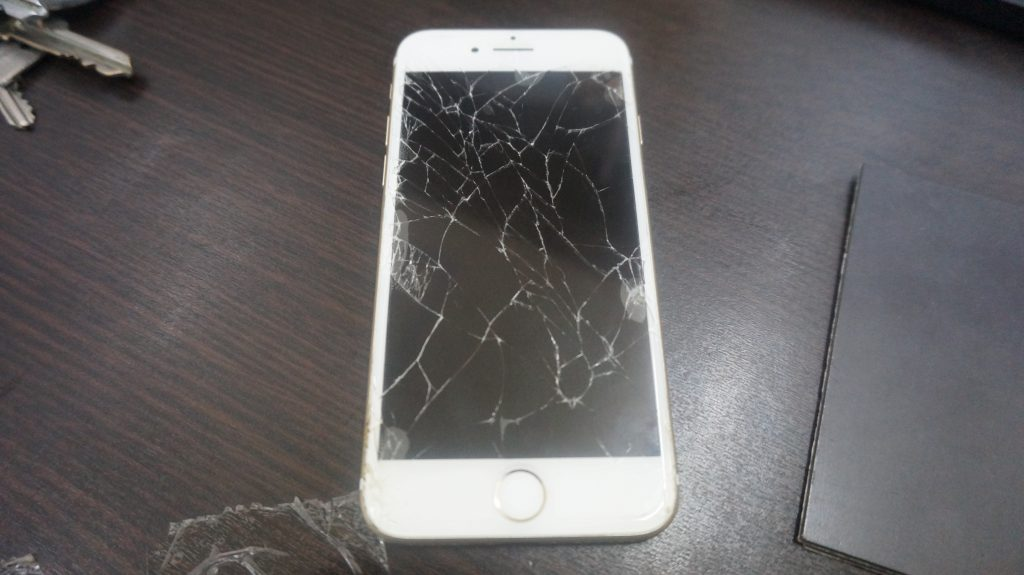 画面割れ修理が安い iPhone7 2