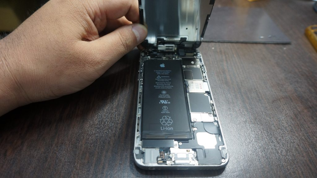 -画面液晶割れ交換 iPhone6 3