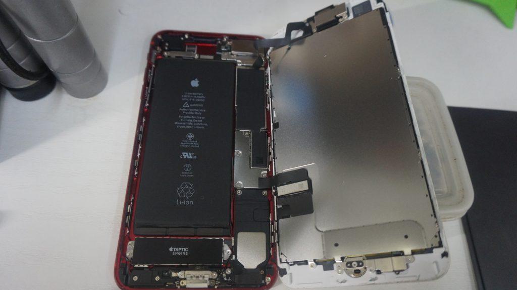 画面割れ液晶割れ交換します iPhone7 3