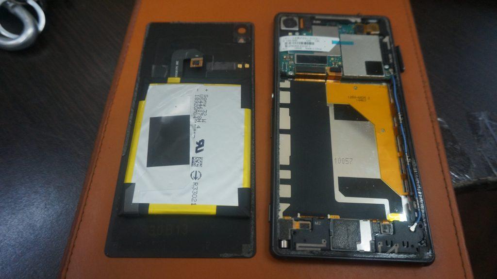液晶割れを交換 SONY Xperia Z3 3