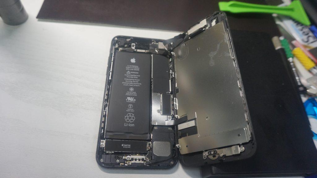 画面がバリバリ液晶交換 iPhone7 4
