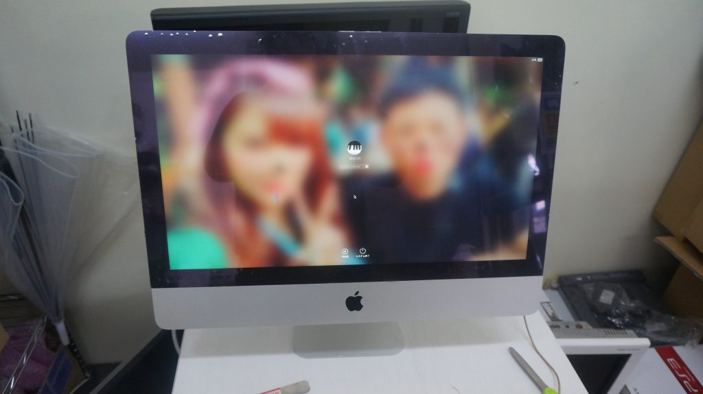 液晶割れ交換 iMac 21.5 A1418 6