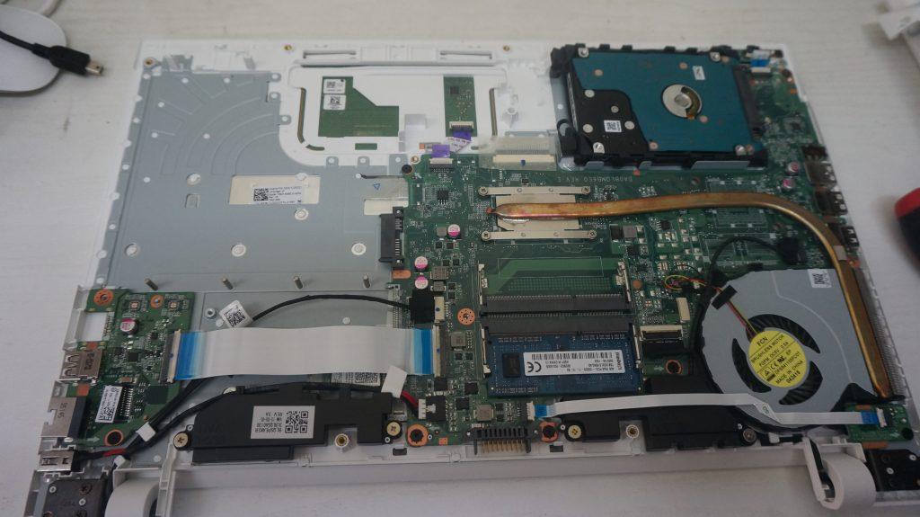 自動修復エラー HDD交換 TOSHIBA Dynabook EX/35RW 4