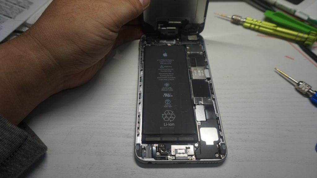 ガラス液晶割れた交換 iPhone6 Plus 3