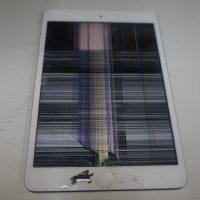 液晶とデジタイザ交換 iPad mini2 1