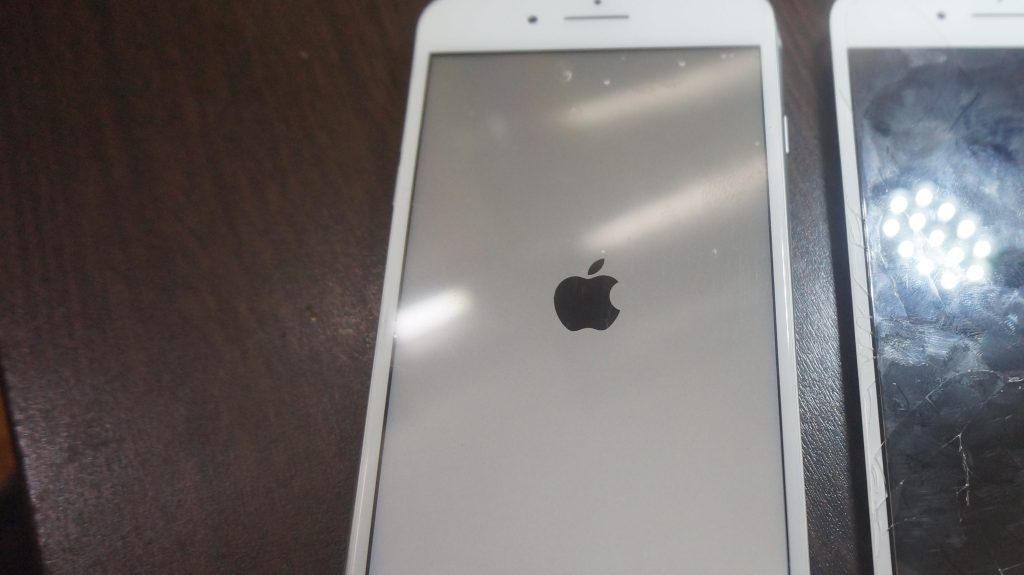 ガラス液晶割れ交換安い iPhone7 5