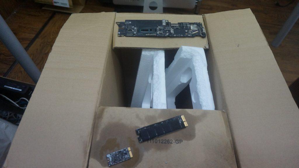 ワインで水没 水没修理バッテリー交換 Macbook Air A1465 5