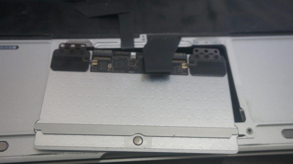 ワインで水没 水没修理バッテリー交換 Macbook Air A1465 7