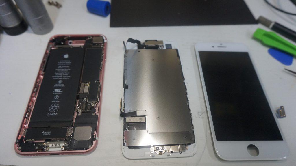画面割れ液晶割れにより液晶パネル交換 iPhone7 4
