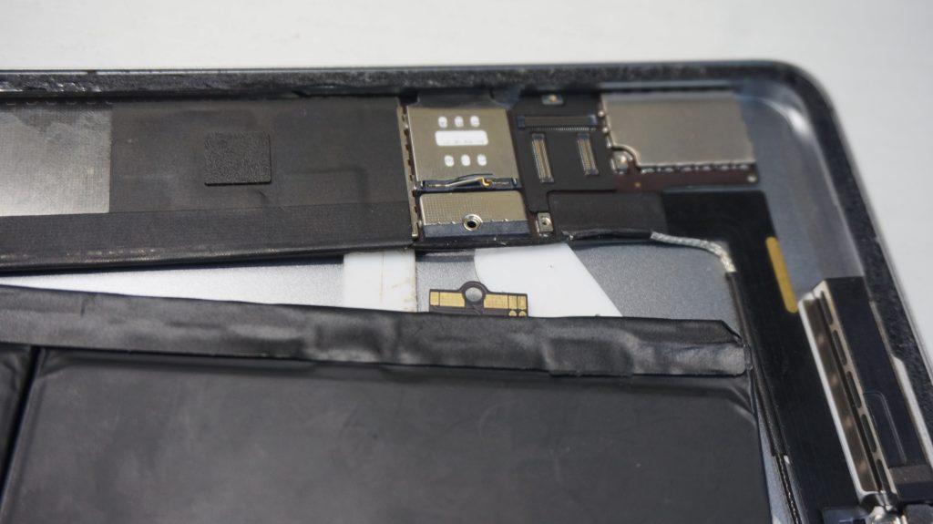 バッテリー劣化によりバッテリー交換 iPad mini2 6