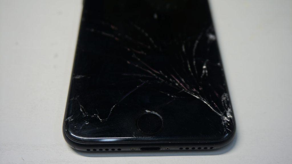 ガラス割れ液晶割れ交換します iPhone7 2