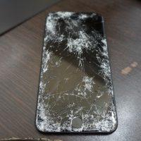 液晶バリ割れ交換 iPhone7 1