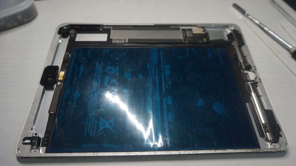 充電がすぐなくなる バッテリー交換 iPad Air 8