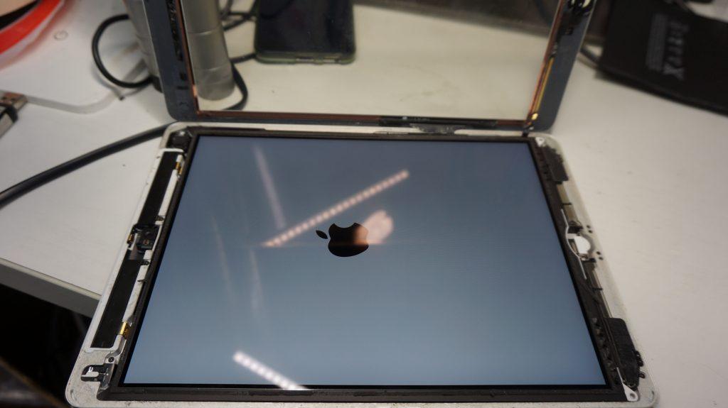 バッテリー劣化によりバッテリー交換 iPad Air 7