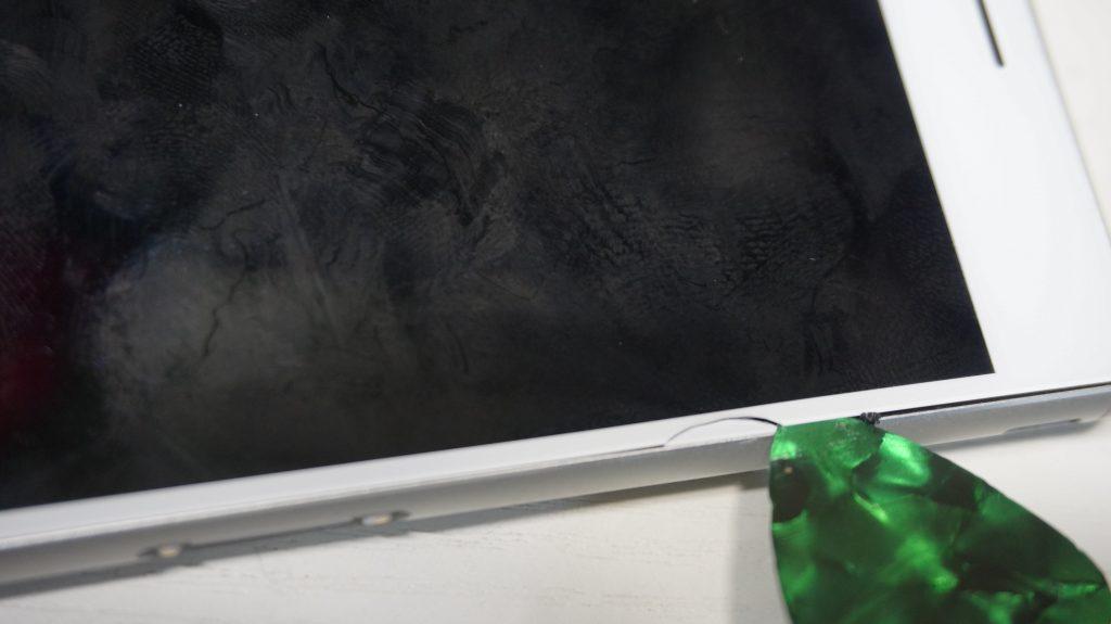 画面割れというか画面欠け 液晶交換 Xperia Z3 SOL26 5