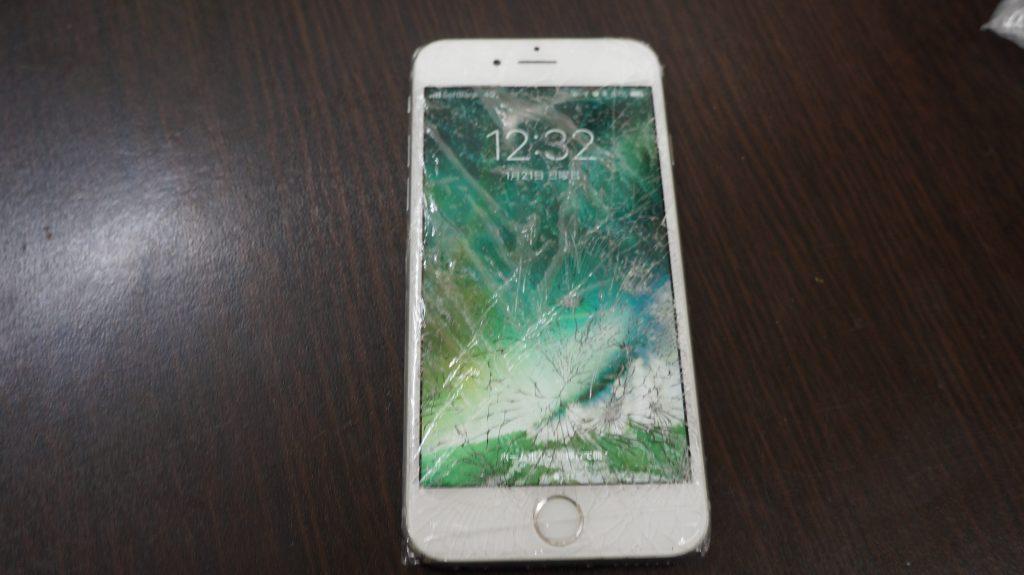 バリバリに割れた液晶交換 iPhon6s 1