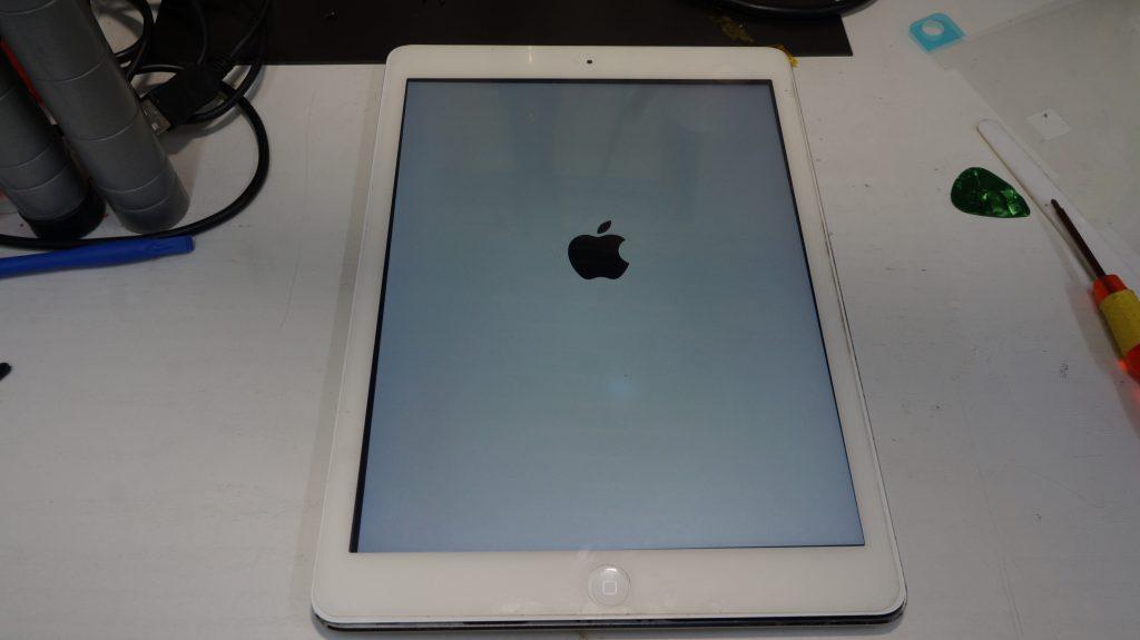 バッテリーの減りが速いのでバッテリー交換 iPad Air 8