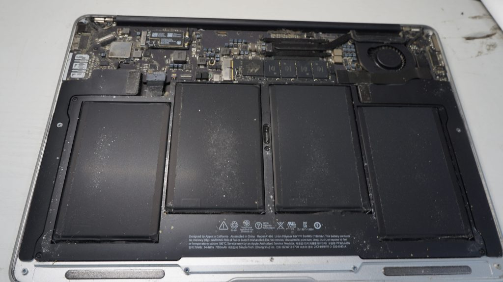 Wi-FiがOFFからON出来ない Wi-Fiモジュール交換 Macbook Air 13 A1466 3