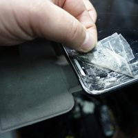 ガラス割れでデジタイザ交換 フレーム修正 iPad4 2