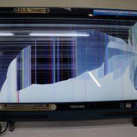 液晶割れ 液晶パネル交換 TOSHIBA REGZA PC D712/T3FG 1