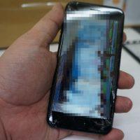 液晶割れ操作不能 液晶交換 iPhone7 1
